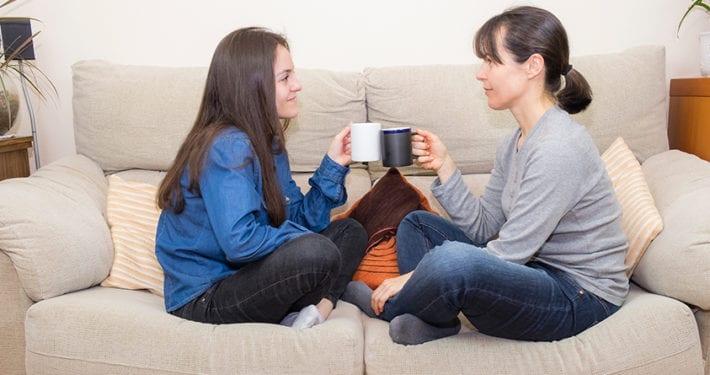 ahorro-familias-con-hijos-mayores