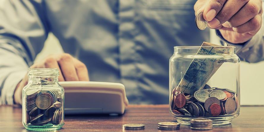 Ahorro: Los Españoles sólo Ahorramos 6,5 euros de cada 100