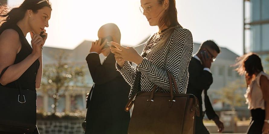 Brecha de Género: La maternidad ya no aleja a las mujeres del mercado laboral