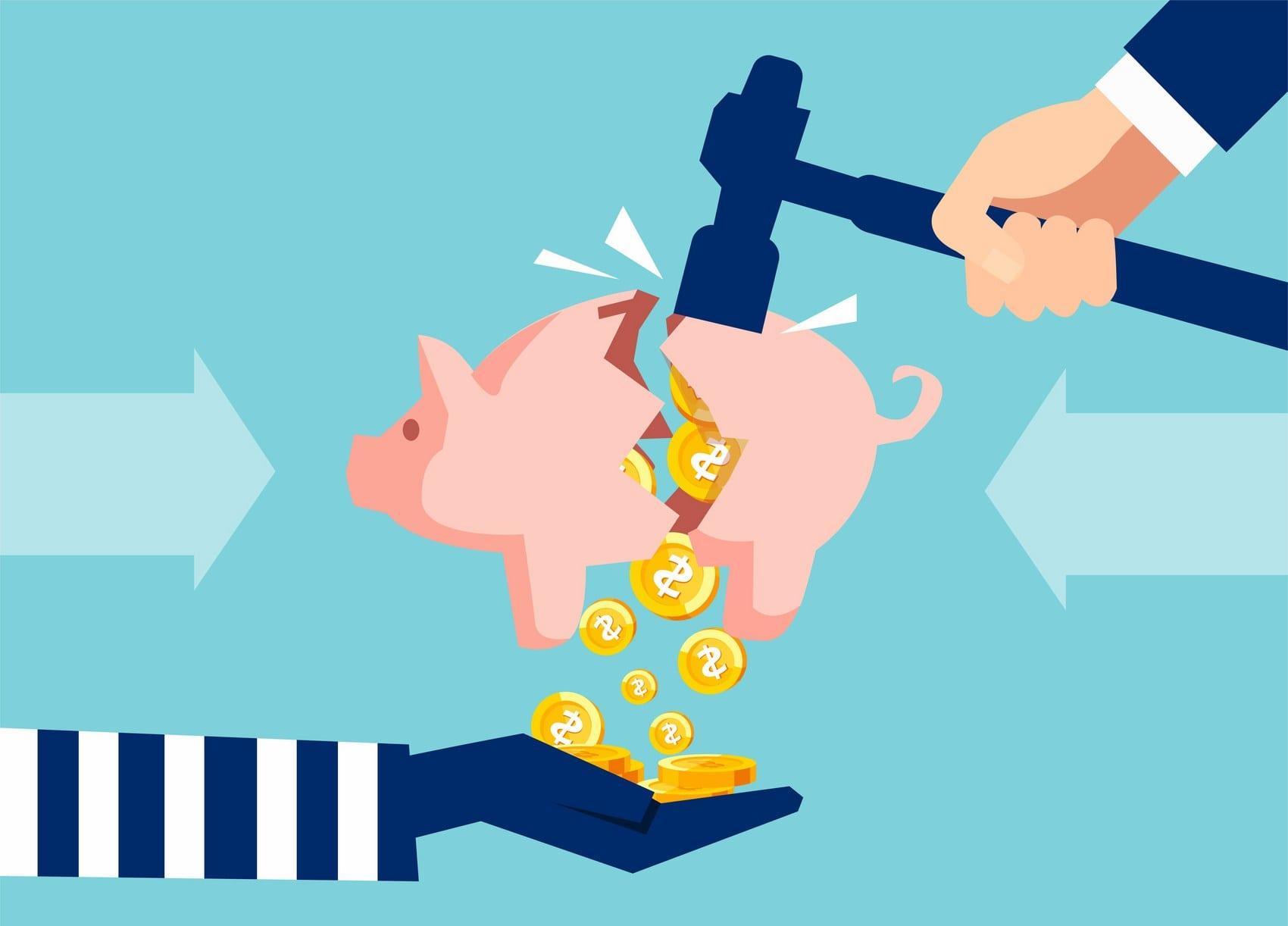 Las familias españolas reducen su ahorro